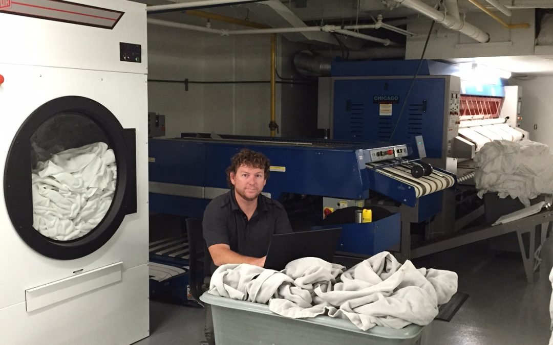 Hotel Laundry Operations: What's the Best Way to Schedule Laundry?
