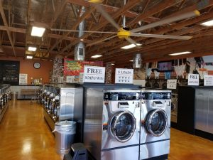 Beautiful interior of Wash N Go Laundromat - National City, CA