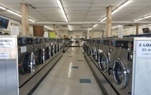 Silver Lake Laundromat - Clean Coin Launderland